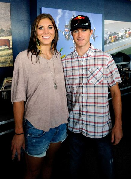 ¿Cuánto mide Hope Solo? - Altura - Real height 103d52a9db955190f30a365c1e25a14a--hope-solo-photos-indianapolis-motor-speedway