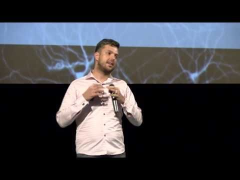 Petr Ludwig | Kritické myšlení pro lepší společnost - SlidesLive