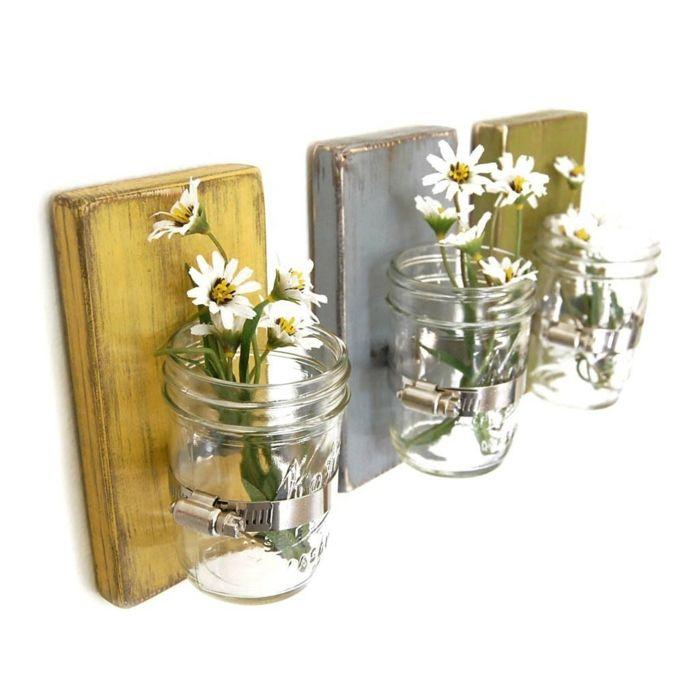 diy wohnideen wandgestaltung vasen einweckgläser holzstücke umgestalten