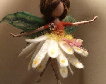 Nadel Filz Fairy Waldorf inspirierte wolle Flower von DreamsLab3