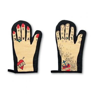 Oven gloves in Tiger (http://www.tiger-stores.pt/)