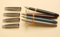 Перьевая ручка Wing Sung #233, винтаж, 4 цвета.  Одна из самых удачных и популярных моделей фирмы. Произведена в 80е годы. Открытое перо - сталь с иридиевым наконечником, F. Пишет легко и гладко. Система заправки - пипетка. Длина в колпачке - 14,1см, длина без колпачка - 13,3см, толщина - 1,1см. Вес в колпачке - 19г, вес без колпачка - 12г. В наличии 4 цвета - бежевый, зеленый, бордовый и черный. Укажите, пожалуйста, нужный Вам цвет в комментарии к заказу.