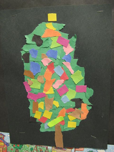 Torn paper Christmas tree craft for Kindergarten.