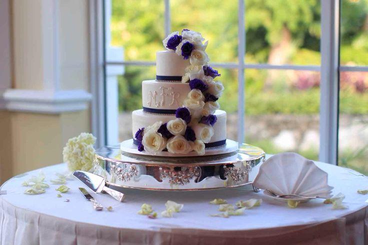 Eddas Vanilla Rum Cake