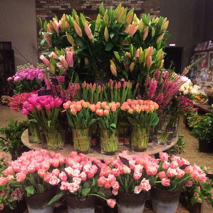 Planning a wedding!  Fresh flowers