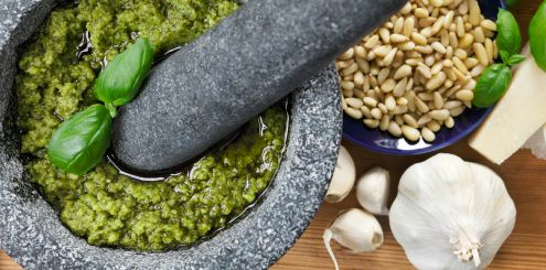 6 DIY Food - Pesto