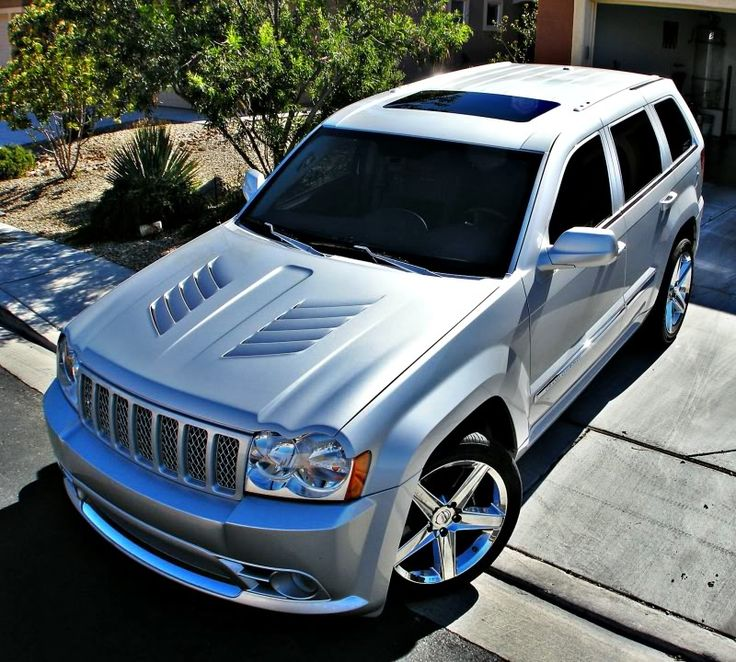 Custom Viper vented Jeep SRT8 hood.
