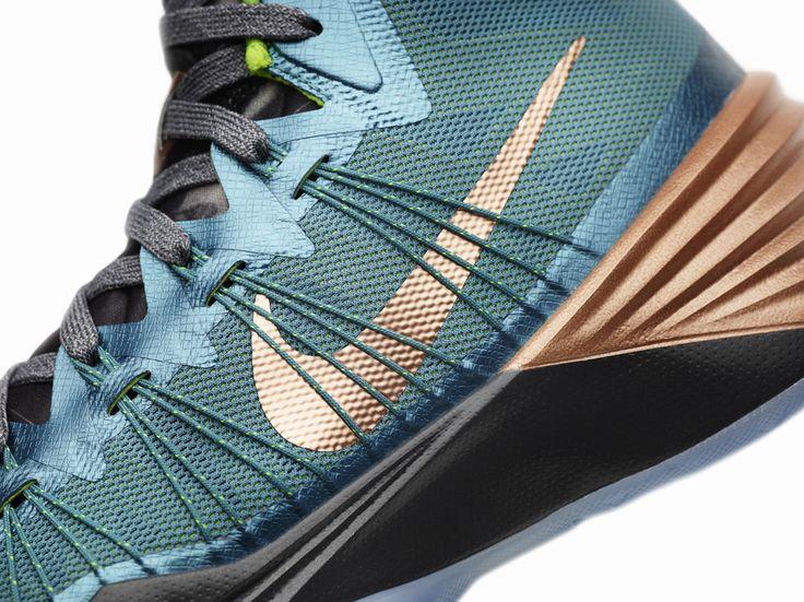 "Nike Hyperdunk 2013 Kyrie Irving PE ""Australia"""