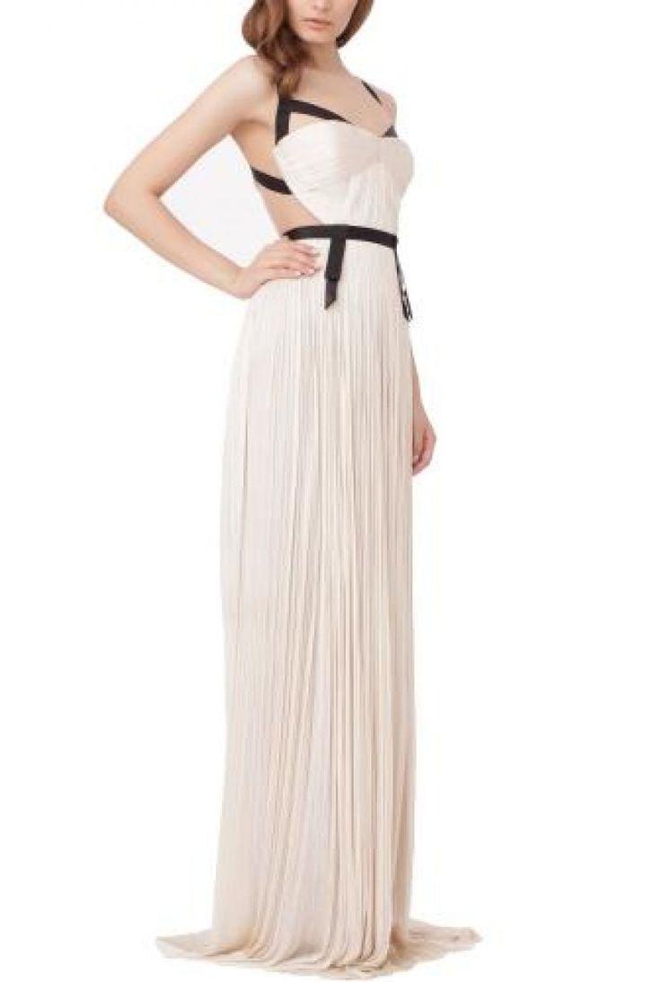 """Ce poate fi mai sexy decat o rochie stil coloana cu lenjerie transparenta retro la bust si un """"x""""la spate format din doua bretele de culoare neagra?"""
