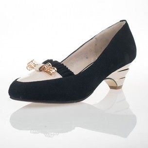 http://www.petitepeds.com.au/pumps/93-heather.html