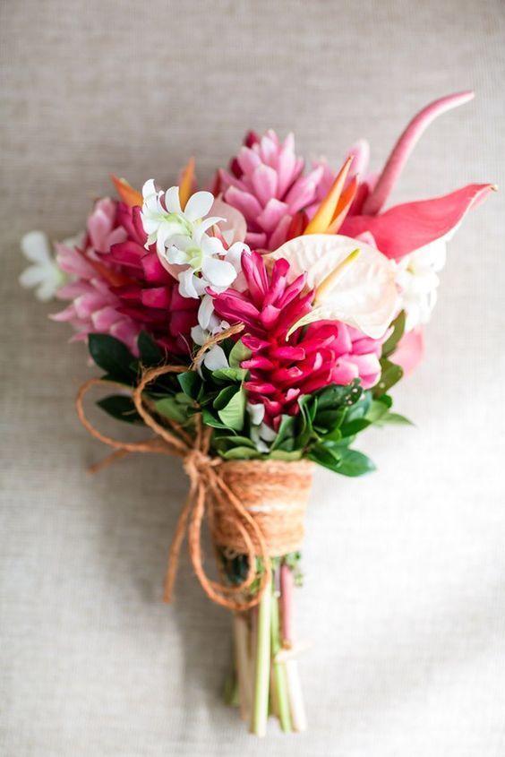 Bula Bride Fiji Wedding Blog Matt Shannon InterContinental Captured Hawaiian FlowersTropical BouquetsOrchid