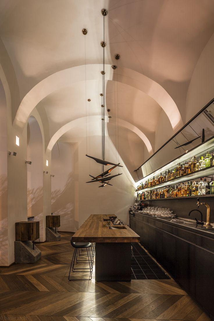 baraka-restaurant-lounge-budapest-delightfull-unique-lamps-03_HR.jpg (1707×2560)