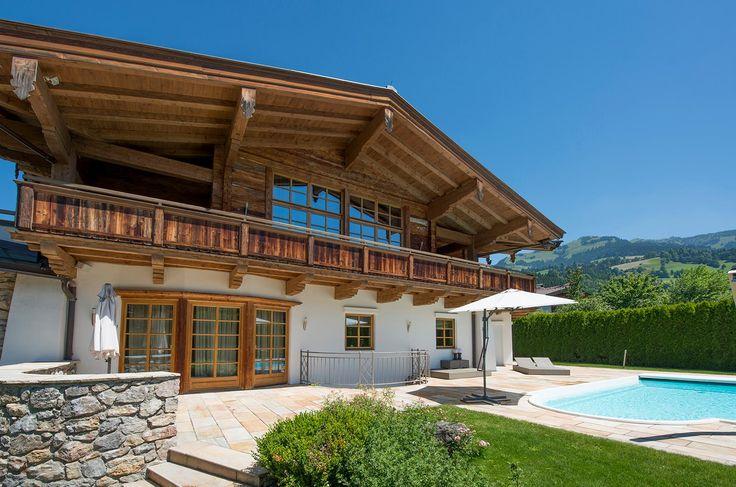 Großes #Landhaus mit 4 Schlafzimmern und #Pool, ideal für Familie und Freunde.