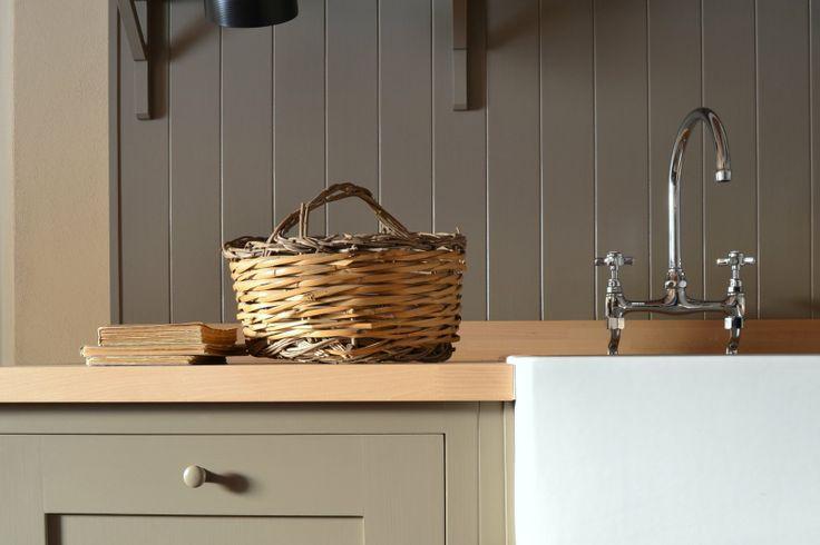 Pleasant Hill Shaker Kitchen by Homewood Bespoke: cucina in stile Shaker --- Homewood Bespoke Kitchens and Cabinets, progettazione e produzione sartoriale artigianale full bespoke di cucine e arredi su misura --- www.homewood.it --- #Cucine #Cucina #Arredamento #Shaker #Shakerkitchen --- www.homewood.it