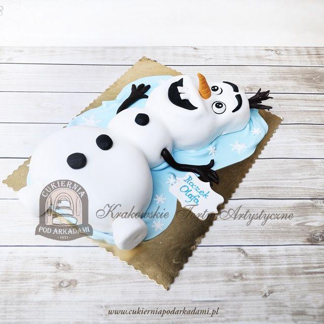 208BD  Tort w kształcie bałwana Olafa z bajki Frozen Kraina Lodu. Olaf the Snowman cake.