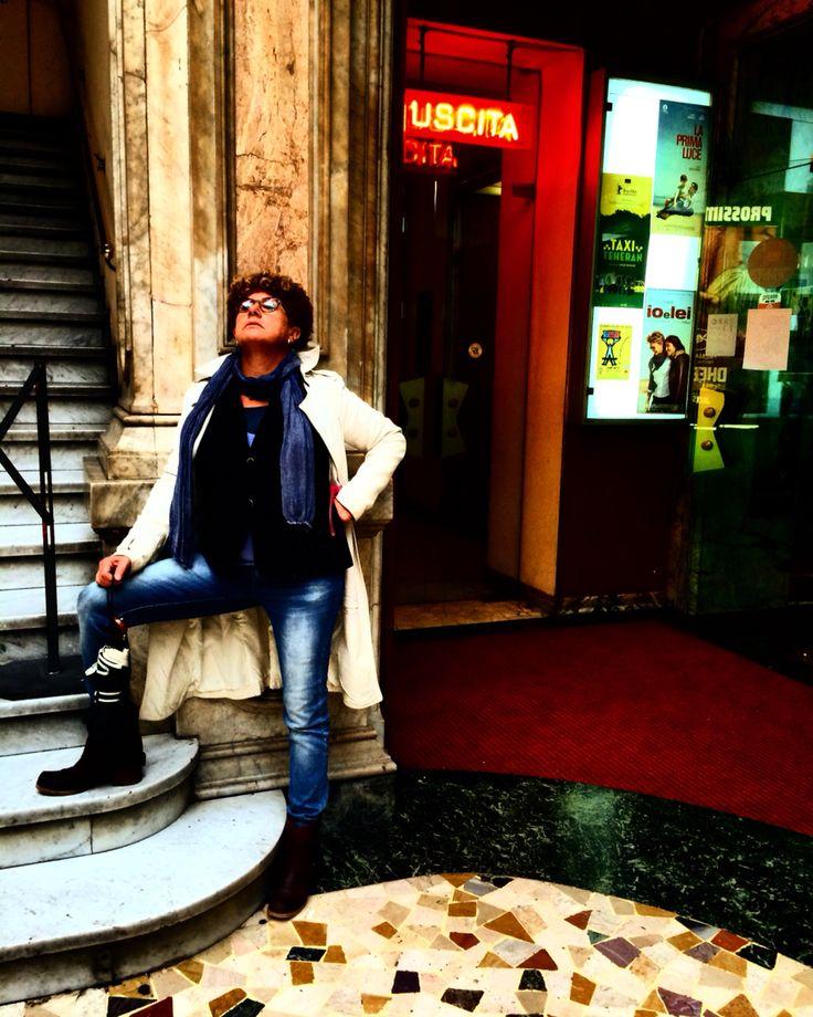 Aspettando di entrare al cinema romano, Torino galleria Romano