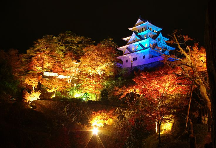 郡上八幡城  Castle of Gujyo-hachiman