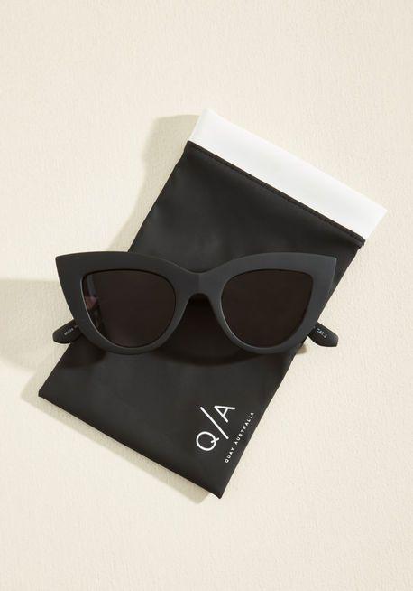 Quay Kitti Sunglasses in Noir