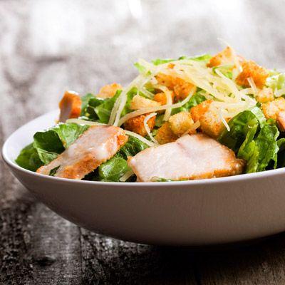 Saláták 400 kcal alatt: képeken 6 tökéletes, diétás választás