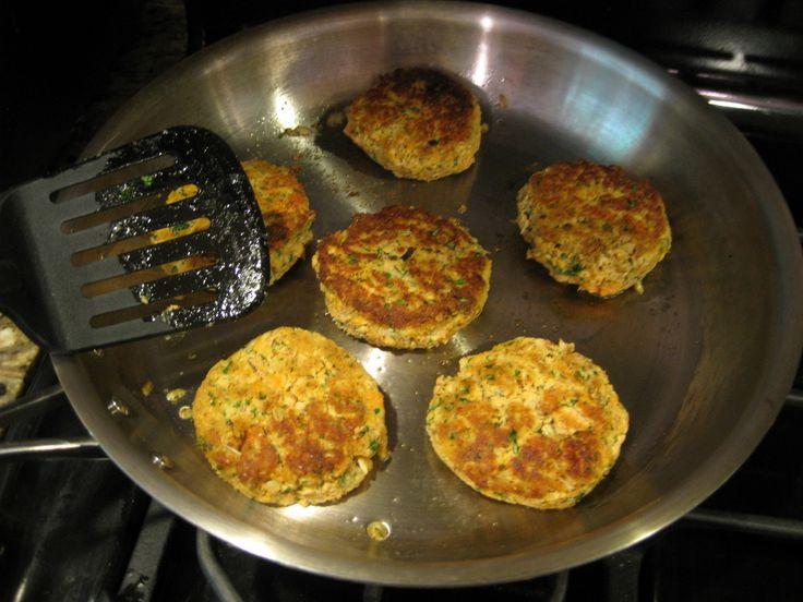 Paleo Salmon Cakes Recipe
