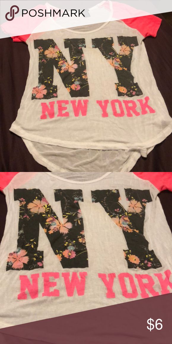 New York baseball tee Lightly worn. Rue 21 Tops Tees - Short Sleeve