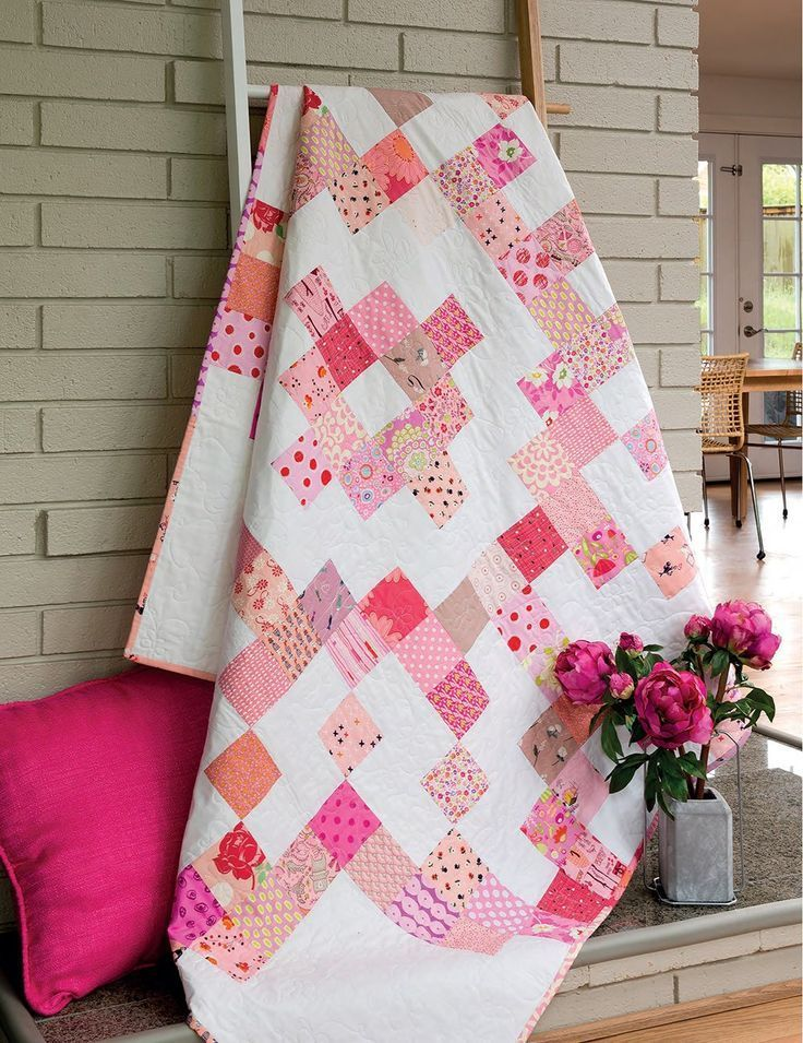 Scrappy and Happy Quilts: Limited Palette, Tons of Fun!: Kate Henderson:   scrappy quilt patterns.  Modern scrappy quilt.  (Affiliate Link)