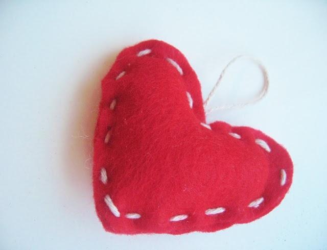 easy tutoral: Valentines, Hanging Hearts, Crafty Things, Twine Valentine, Diy, Felt Valentine