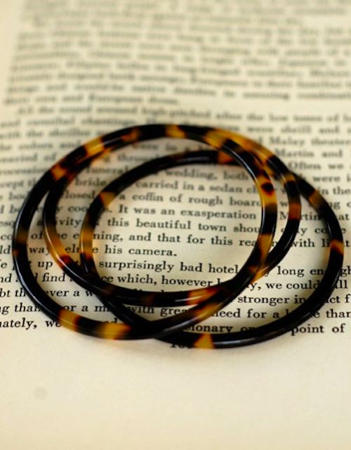 Tortoise Shell Bangle Bracelets. Someone should buy me some of these.