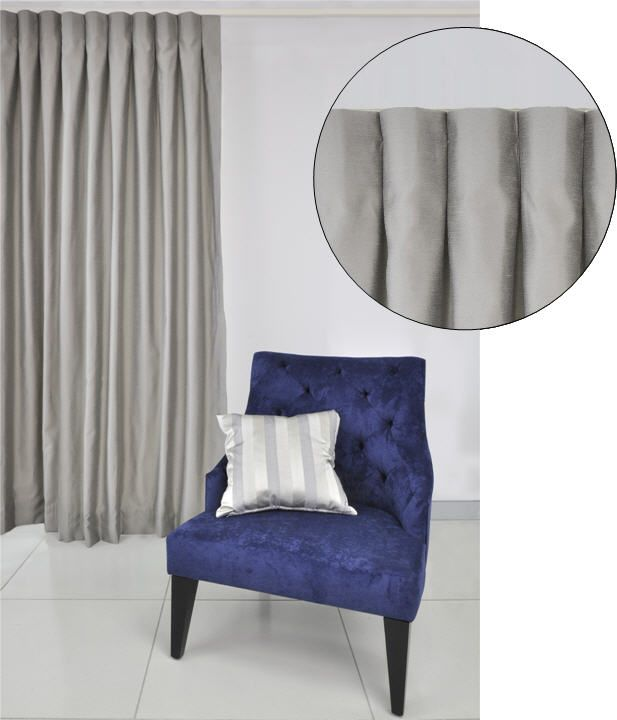 Inverted or box pleat curtain header