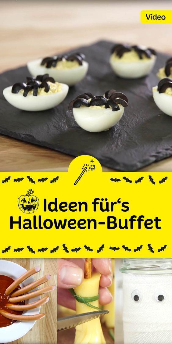 Gruselige Wurstfinger, Spinneneier, Geisterlichteroder lustige Käse-Hexenbesen. Unser Halloween-Buffet ist geschmückt mit tollen Sachen. Probiers aus!