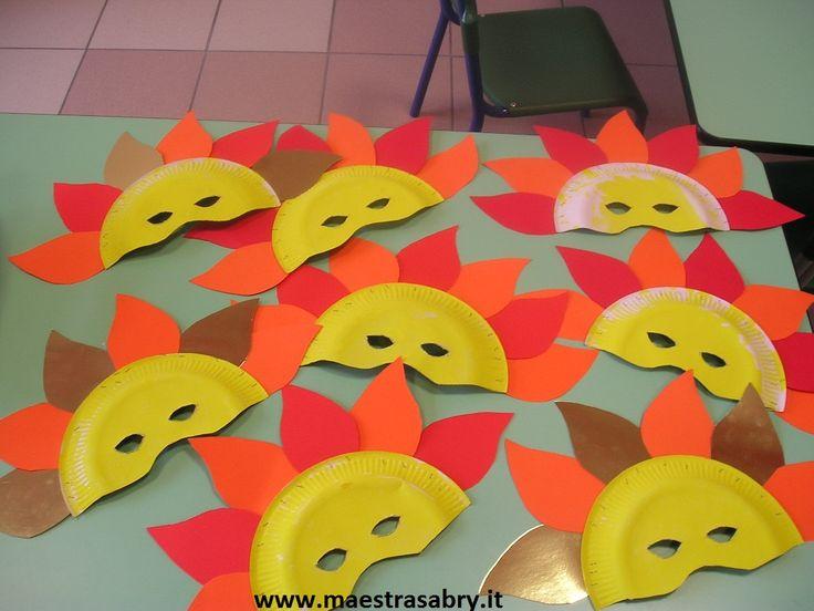 Maschere di carnevale da stampare e colorare
