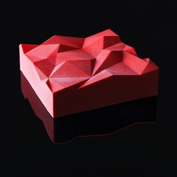 Совершенные Десерты архитектурным дизайнером Динара Каско