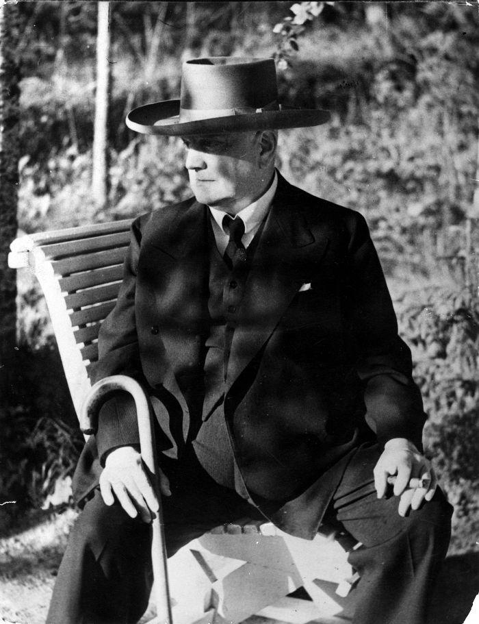 Jean Sibelius vuonna 1952.