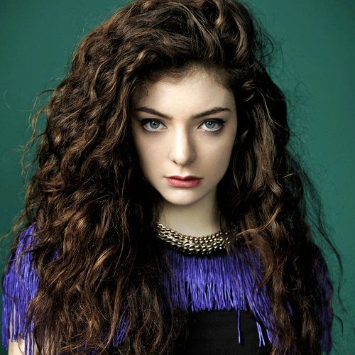 Gorgeous Cute Hairstyles for Curly Hair
