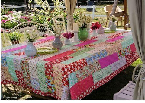 Juro que vou tentar fazer esta toalha de mesa.  cherrymenlove.com