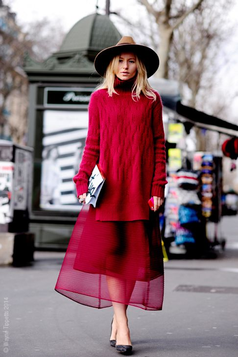 Paris Fashion Week Street-Style Fashion | chunky sweater + midi skirt: