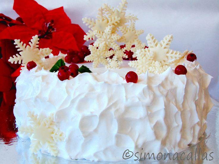 Tort de Craciun alb si rosu reteta tort de Craciun - simonacallas