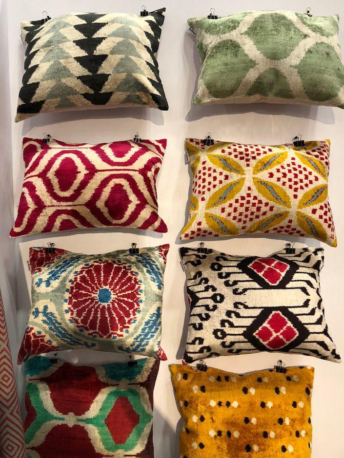 Les Ottomans Cuscini.Ny Now Spring 2018 Ikat Pillows Bali Decor Decorative Pillows