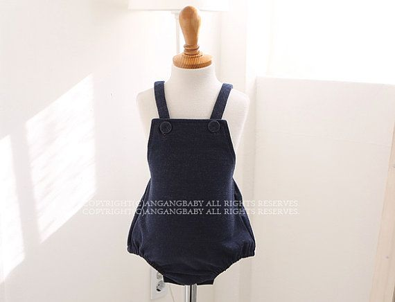 Cotton Denim Romper for Baby Boys & Baby Girls / Spring Summer Outfits / 1st Birthday picture photo prop / Comfy Romper / gifts / Blue Jeans