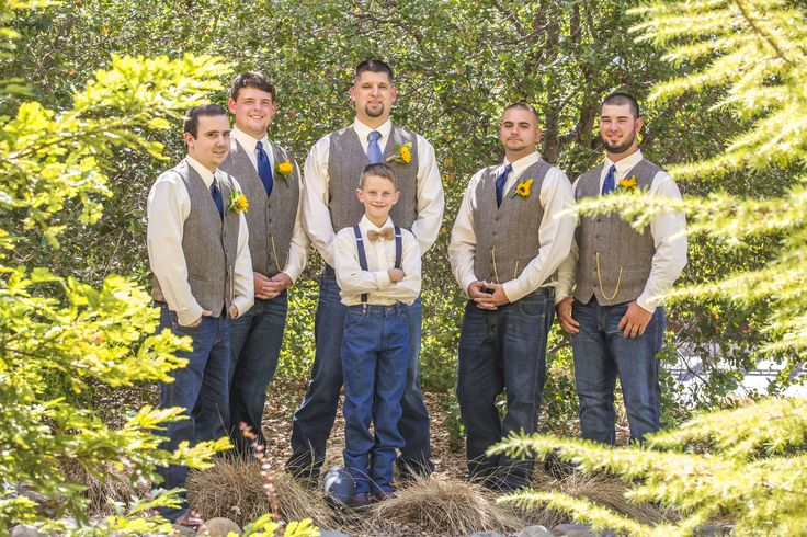 Groom/Groomsmen & Jr. Groomsmen Photography: Farrell Photography Venue: Jackson Rancheria Casino Resort Flowers: Wildflowers at Jackson Rancheria  Rustic Burlap and Lace Country Wedding Navy Blue and Sunflowers