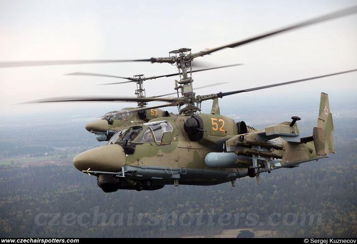 El Kamov Ka-52 Alligator) es un helicóptero de ataque biplaza todo tiempo de fabricación rusa que cuenta con el distintivo sistema de rotor coaxial del departamento de diseño de Kamov.4