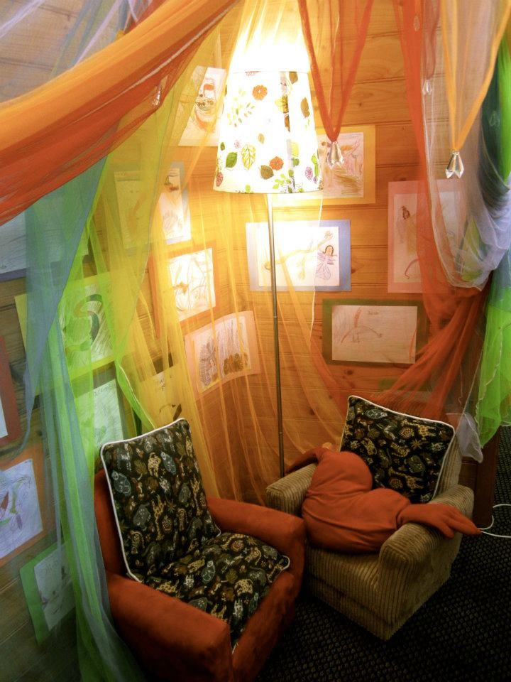 Cozy area at Penbank School, Victoria -Walker Learning Approach Personalised Learning ≈≈ http://www.pinterest.com/kinderooacademy/provocations-inspiring-classrooms/