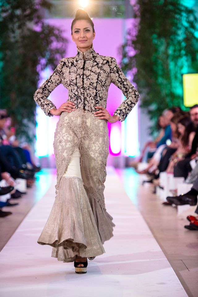 Anamika Khanna Couture at #FashionParade2014 #fashionshows #designerdresses