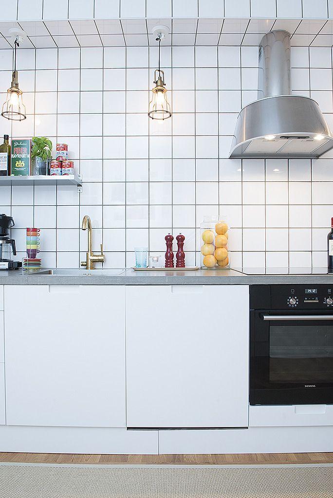 Vitt Lantligt Kok Ikea : Vitt k?k med grepp 2 Vita k?k Pinterest