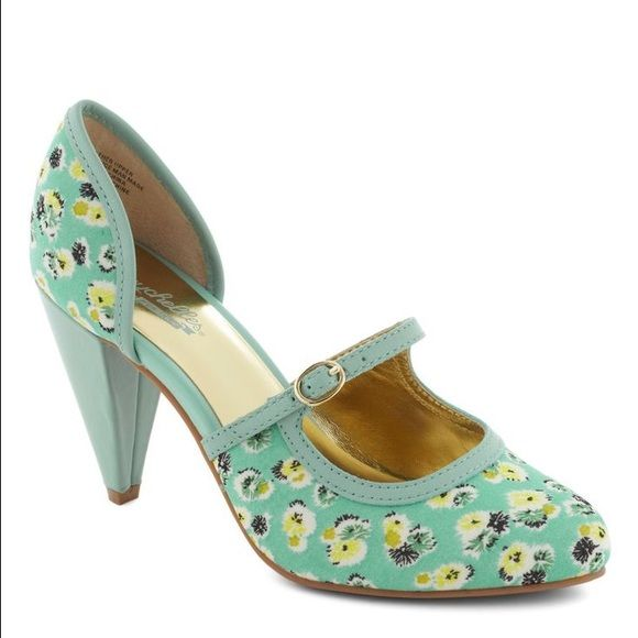 Floral Mint Heel Never worn Seychelles floral mint heels from Modcloth. Still in box. 3.5 inch heel. Super cute for the summer. Seychelles Shoes