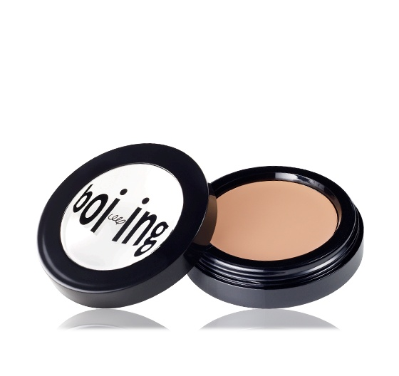 PRO TIP: Pat concealer between your thumb and fingertip to warm it up...it will glide on more seamlessly. boi-ing | Benefit Cosmetics