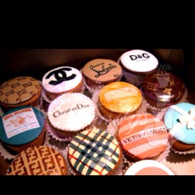 Fashion Cupcakes :): Desserts, Fashion Cakes, Cute Cupcakes, Idea, Fashion Cupcakes, Design Cupcakes, Cups Cakes, Cupcakes Rosa-Choqu, Design Cakes