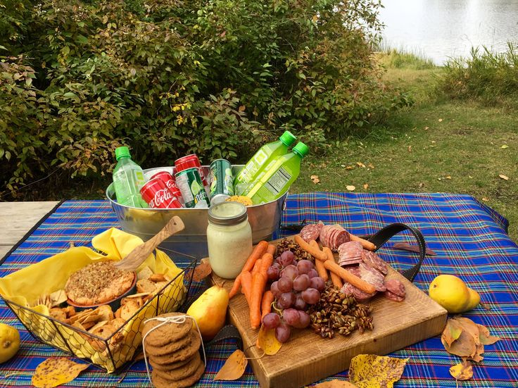 Fall Grazing Picnic. #fallpicnic #picnic #grazing #stayathomestacy