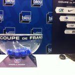 Tirage du 5e tour de la @coupedefrance dans 30mn avec la @LFBNofficiel & @DafneBmn Miss Ndie  https://www.francebleu.fr/sports/football/suivre-en-direct-le-tirage-au-sort-du-5e-tour-de-coupe-de-france-de-football-1474977644pic.twitter.com/dU7Cvgm84e