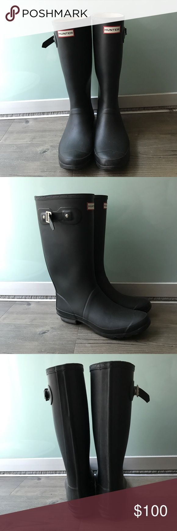 Hunter 'Huntress' Boot (Wide Calf!) Hunter 'Huntress' Boot (Wide Calf!) Semi Matte Black. Size 10. Purchased from Nordstrom. Good used condition.  Moving and having to downsize my closet! Hunter Boots Shoes Winter & Rain Boots